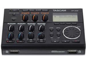 Tascam001