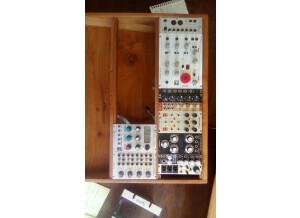 Synthrotek stereo output mixer
