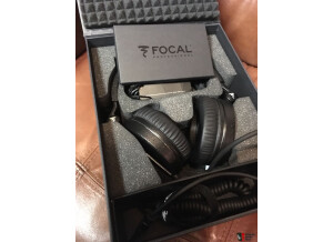 1345967-focal-spirit-professional-headphones-mint