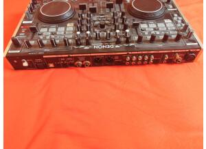 Denon DJ DN-MC6000 (60703)