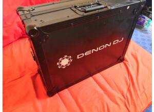 Denon DJ DN-MC6000 (44627)