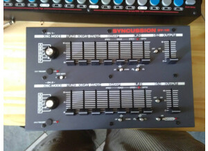 The Human Comparator Syncussion SY-1 (64443)