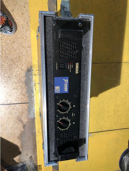 Yamaha P3200 (41431)