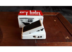 Dunlop CBM105Q Cry Baby Bass Mini Wah