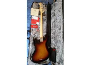 fender-jazz-bass-2771511@2x