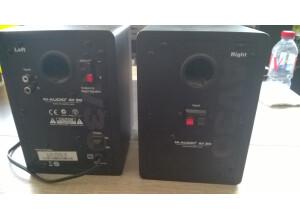 M-Audio AV 30
