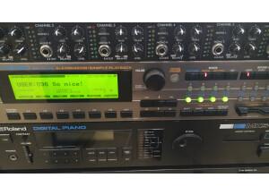 Roland XV-5080 (63323)