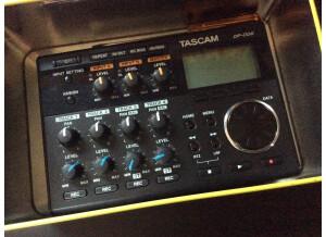 Tascam DP-006 (76471)