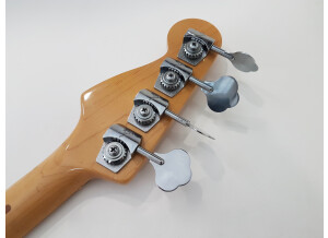 Fender Standard Precision Bass [1982-1986]