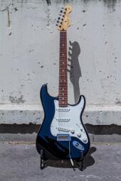 StratocasterPlayer-2