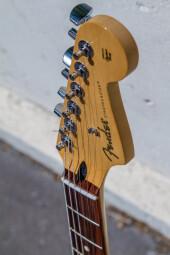 StratocasterPlayer-4