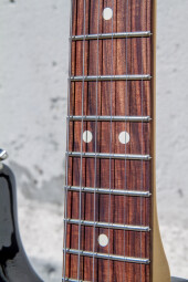 StratocasterPlayer-7