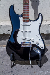 StratocasterPlayer-18