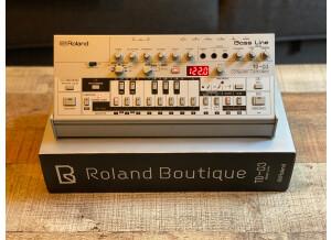 TB03 Roland Boite