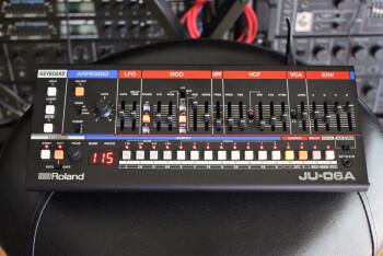 JU-06A_2tof 01.JPG