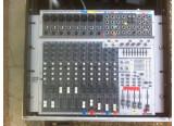 Vends PHONIC Console MR 1843X + Alim + Flight case SKB 4U