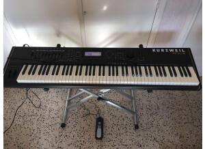 Kurzweil PC3K8 (68000)