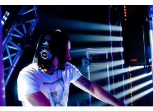 ADJ (American DJ) Sweeper Beam Quad LED