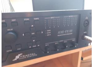 Fractal Audio Systems Axe-Fx III (23899)