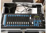 Vends 4 Lyres IMG Stage Line Twist 252 + DMX Controller 1440