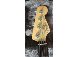 fender-jazz-bass-2771839@2x