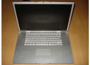 """Apple MacBook Pro 17"""" Core Duo 2,16Ghz"""