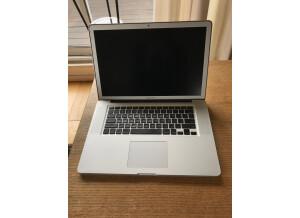 """Apple MacBook Pro 15"""" Core i7 quadricœur à 2,0 GHz (55940)"""