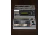 Vends Console Numérique Yamaha 01V + Carte MY8-AE