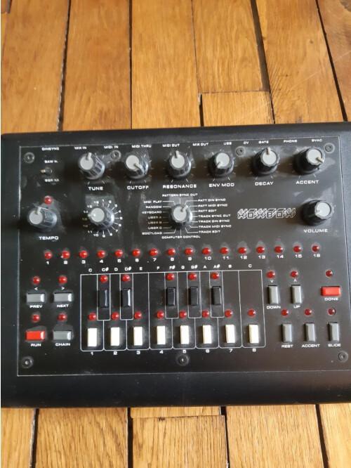 Mode Machines tb bassline xoxbox (80508)