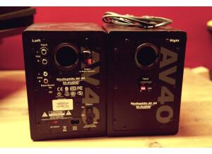 M-Audio AV 40