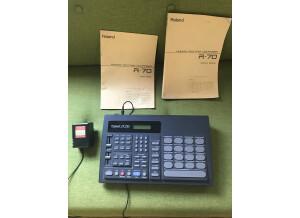 Roland R-70 (22659)