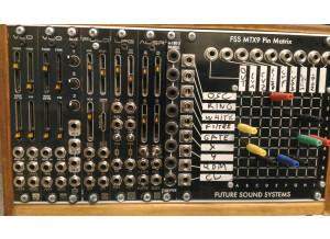 Synthrotek VCO - Analog Voltage Controlled Oscillator