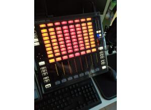 native-instruments-komplete-audio-6-2896573