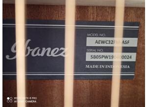 Ibanez AEWC32FM
