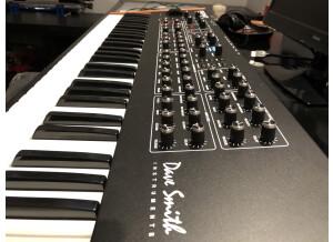 Dave Smith Instruments Prophet REV2 16 voix (87696)