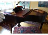 Piano à queue ED.SEILER en excellent état année 1984 + tabouret
