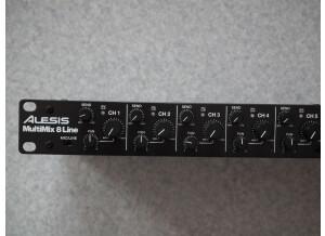 Alesis MultiMix 8 Line (94480)