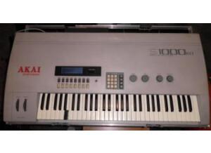Akai S1000KB (44140)