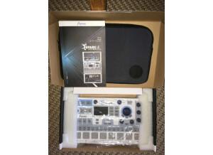 Arturia SparkLE Creative Drum Machine (31954)