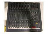 Console soundcraft live 12 4 2