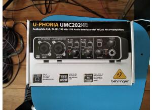 Behringer U-Phoria UMC202HD