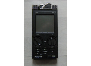 Roland R-26