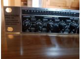 Vends Behringer Multicom Pro-XL MDX4600