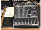Vend table de mixage amplifié Yamaha