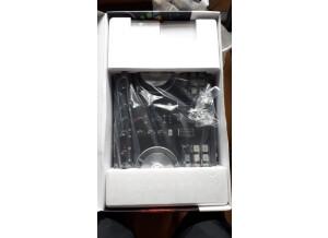 M-Audio AV 40 V2