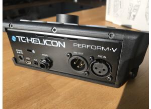 TC-Helicon Perform-V