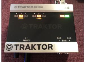 Native Instruments Traktor Scratch A6 (36040)