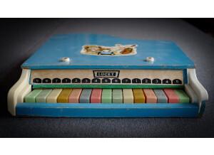 Loops de la Crème Magic Toy Piano