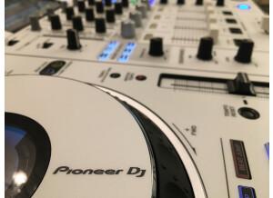 Pioneer XDJ-XZ (64369)