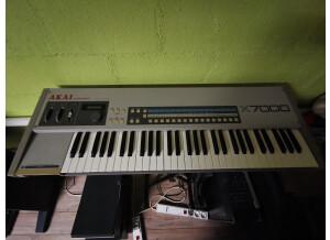 Akai Professional X7000